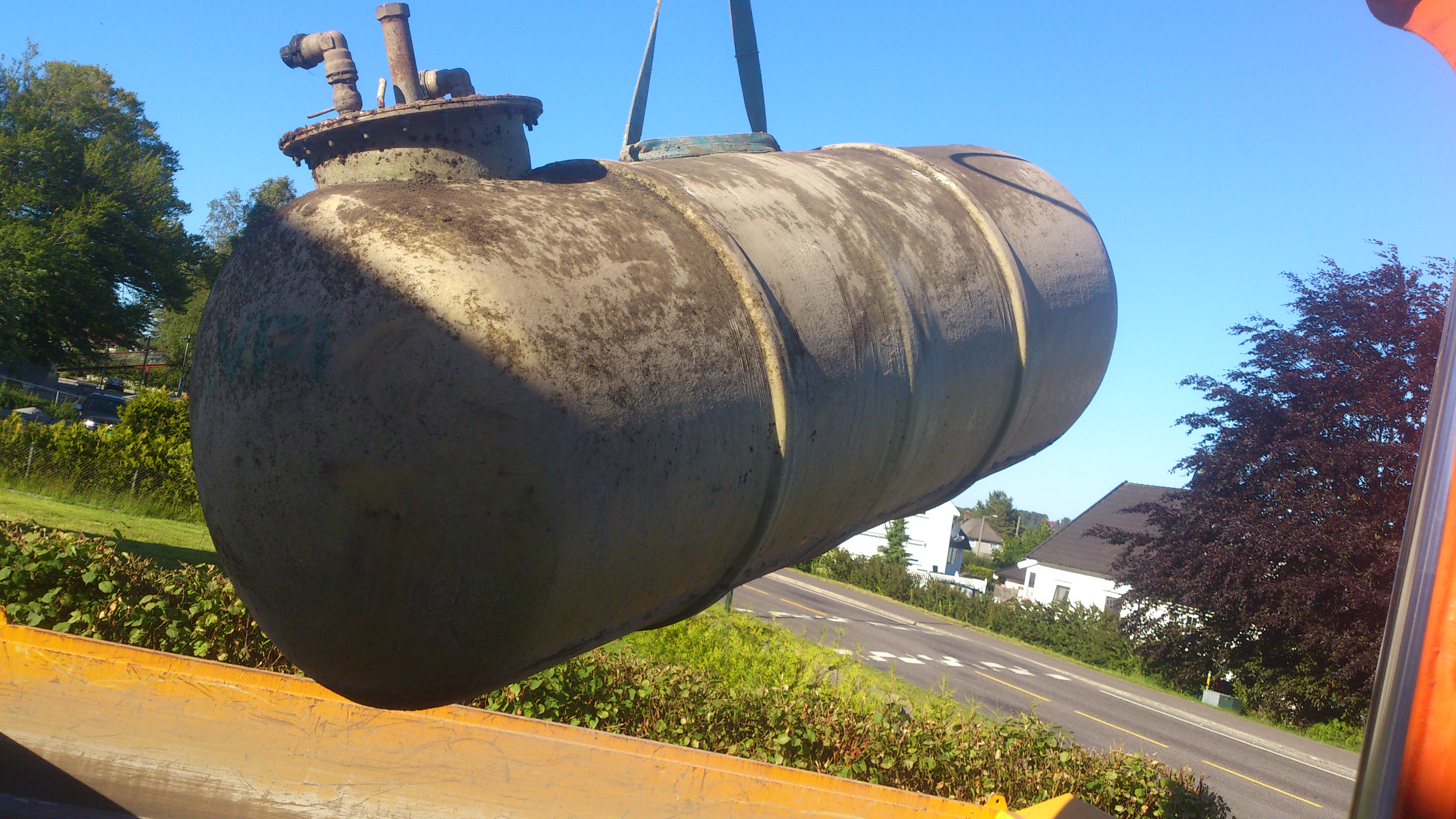 fjerning av parafin tank 6